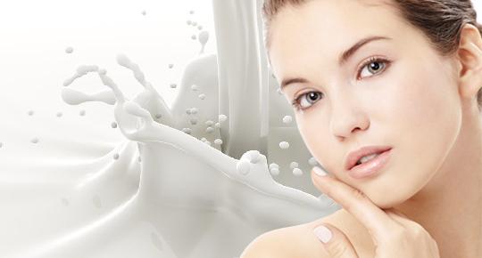 Молоко неожиданный вариант для очищения чувствительной кожи