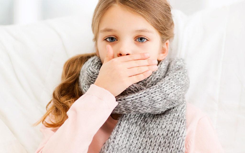 Чем лечить сухой кашель у ребенка, если нет температуры?