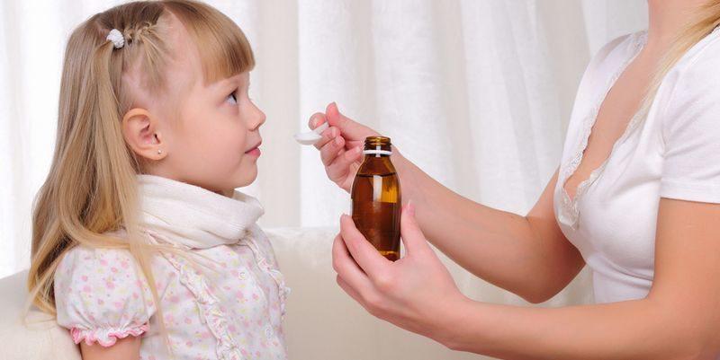 чем лечить сухой кашель у ребенка без температуры
