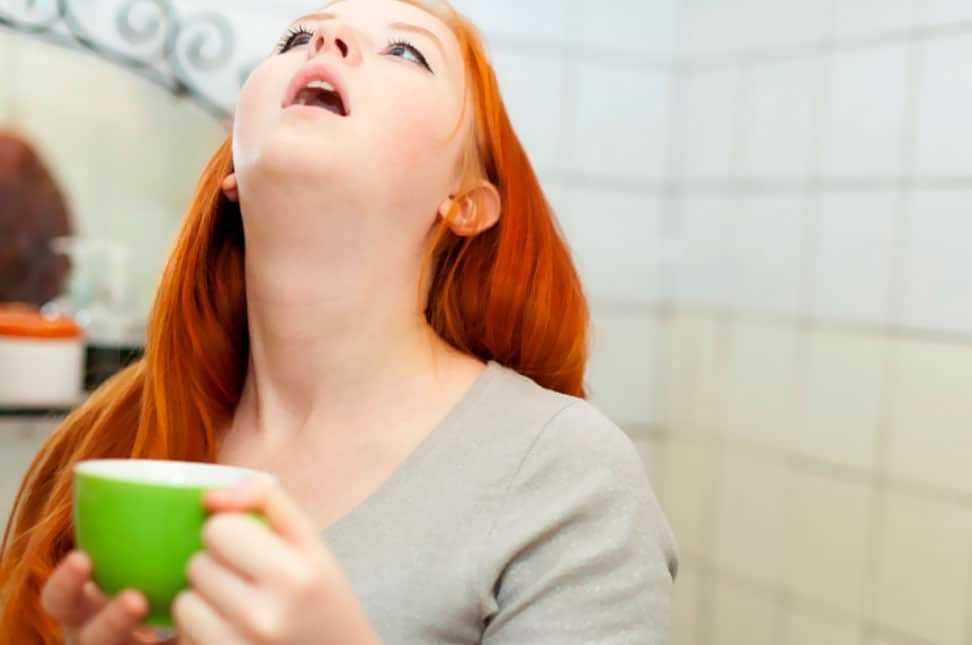 чем полоскать горло при ангине?