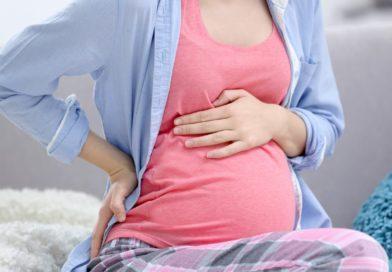 В чем причины появления изжоги во втором триместре беременности?